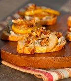 Harvest Pear and Caramelized Onion Crostini